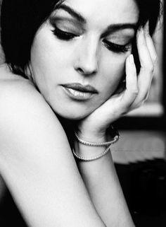 Monica Bellucci by Juan Aldabaldetrecu for Elle Spain May 2013