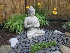 Japanese Garden Backyard, Small Japanese Garden, Asian Garden, Japanese Garden Design, Japanese Gardens, Small Oriental Garden Ideas, Japanese Modern, Zen Garden Design, Garden Art