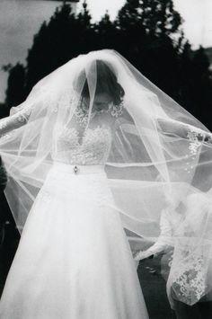 Bára a Luděk Svatební foto (4) Film, Wedding Dresses, Photography, Fashion, Movie, Bride Dresses, Moda, Bridal Gowns, Photograph