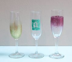 Weekend DIY Projects: Sparkly Champagne Glasses. Glitter. Ombre. Really, are there any two better things in DIY life? #SelfMagazine