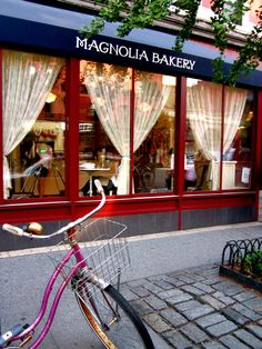 Magnolia Bakery, NYC.  This bakery has most of the surrounding neighborhood smelling like delicious baked goods ... <3