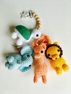Crochet Hooks, Knit Crochet, Sewing Crafts, Sewing Projects, Crochet Baby Mobiles, Zipper Tutorial, Pencil Toppers, Baby Rattle, Beautiful Crochet
