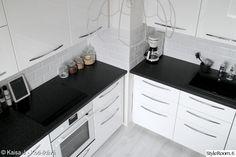 keittiö,ikea,keittiöremontti,välitila,valkoinen keittiö