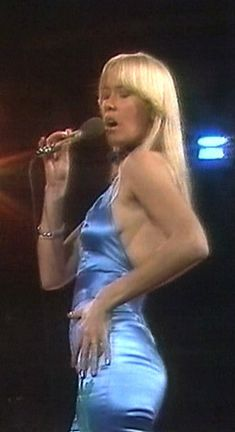 agnetha faltskog Eurovision Knowing Me Knowing You Lyrics Lyrics and Video Performance by ABBA Actrices Blondes, Does Your Mother Know, Beautiful Celebrities, Beautiful Women, Frida Abba, Abba Mania, Women Of Rock, Manic Pixie Dream Girl, Popular Music