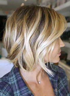 35 Short Wavy Bob Hairstyles For Women / Short Haircut 2015 Hairstyles, Pretty Hairstyles, Hairstyle Ideas, Hairstyles Pictures, Style Hairstyle, Curly Hairstyles, Popular Hairstyles, Celebrity Hairstyles, Spring Hairstyles