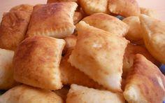 Bulgaristan göçmenlerinin geleneksel yemekleri, nasıl hazırlandıkları ve servis edildikleri hakkında bilgiler.
