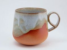 ceramic mugs grosse_tasse-Nadine-Desmarais Glazes For Pottery, Pottery Mugs, Ceramic Pottery, Thrown Pottery, Slab Pottery, Glazed Pottery, Glazed Ceramic, Ceramic Bowls, Porcelain Ceramics
