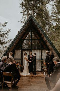 A Very PNW Intimate Wedding at Mount Rainier National Park A-frame Cabin Cabin Wedding, Forest Wedding, Elope Wedding, Dream Wedding, Wedding Posing, 1920s Wedding, Elopement Wedding, Wedding In The Woods, Boho Wedding