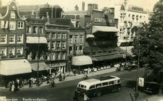 Rembrandtplein is a major square in center of Amsterdam named after the… I Amsterdam, Borneo, Old Pictures, Middle Ages, Old Town, Night Life, Netherlands, Holland, Java
