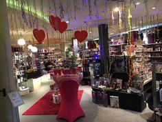 Passend zum Valentinstag haben was vorbereitet - sucht euch doch mal ein Geschenk zusammen aus 😉 fröhlichen Valentinstag wünscht Euch das EGO-Team #valentinstag #geschenk #paare #sex #liebe  #valentinstagsgeschenk #sextoy #sextoys #mut #erotikshop #sexshop