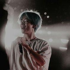 Safe to say I'd give everything just to see him smile. Daegu, Kim Taehyung, Namjoon, Foto Bts, Bts Boys, Bts Bangtan Boy, Taekook, Kpop, Bts Kim
