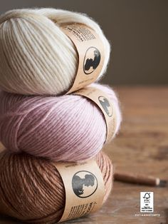 GARNETS GLÆDER—Page 50 Knitting Patterns, Crochet Patterns, Garnet, Diy And Crafts, Knit Crochet, Anna, Joy, Creative, Pretty
