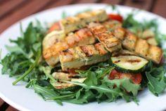Rukolov� sal�t s grilovanou cuketou a tofu - Powered by @ultimaterecipe Tofu, Green Beans, Zucchini, Vegetables, Veggies, Vegetable Recipes, Cucumber