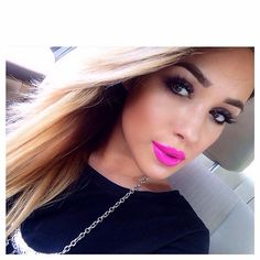 Ashley is freaking pretty I Love Makeup, Kiss Makeup, Beauty Makeup, Makeup Looks, Eye Makeup, Hair Makeup, Hair Beauty, Bright Pink Lips, Hot Pink Lips