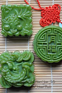 Mid-Autumn/Mooncake festival has a special place in our family, dad was born on that day according to the lunar calendar and grandpa named. Cake Festival, Food Festival, Asian Desserts, Just Desserts, Asian Recipes, Matcha, Mooncake Recipe, Springerle Cookies, Chocolate Lasagna