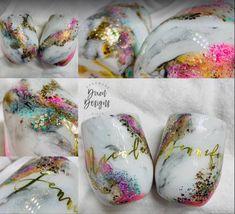 Diy Tumblers, Custom Tumblers, Diy Resin Art, Decorated Wine Glasses, Cute Cups, Tumbler Designs, Glitter Cups, Cup Design, Tumbler Cups