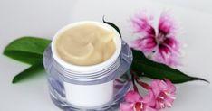 Přírodní kosmetika recepty blog o výrobě přírodní kosmetiky Tableware, Beauty, Blog, Dinnerware, Tablewares, Cosmetology, Blogging, Place Settings, Porcelain Ceramics