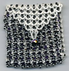 Tatting and not a lot else!: Beaded purse.