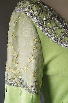 Elven Dresses on Pinterest | Medieval Dress, Medieval and Lord Of ...