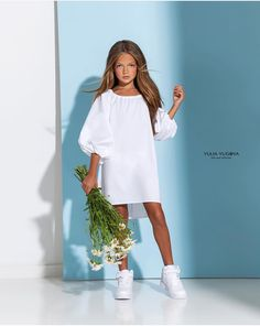 Dresses Kids Girl, Kids Outfits Girls, Cute Outfits For Kids, Girl Outfits, Little Girl Fashion, Kids Fashion, Cool Kids Clothes, Inspiration Mode, Little Fashionista