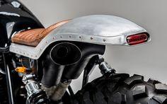 Honda 'Swart Gevaar' Custom made by Los Muertos Motorcycles Honda Scrambler, Honda Motorcycles, Vintage Motorcycles, Custom Motorcycles, Custom Bikes, Cafe Bike, Cafe Racer Bikes, Cafe Racer Motorcycle, Motorcycle Style