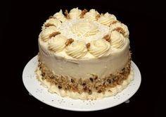 Billie's Italian Cream Cake from The Pioneer Woman (Italian Cake Recipes) Italian Wedding Cakes, Italian Cream Cakes, Italian Cake, Italian Desserts, Baking Recipes, Cake Recipes, Dessert Recipes, Baking Dishes, Mini Cakes