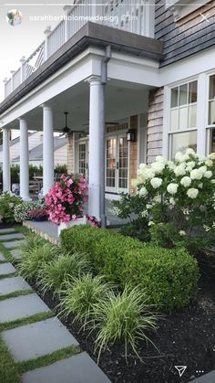 41 Perfect Front Garden and Landscaping Idea You Can Do Ta. - 41 Perfect Front Garden and Landscaping Idea You Can Do Take a peek at our ga - Porch Landscaping, Front Yard Landscaping Design, Landscape Ideas Front Yard Curb Appeal, Modern Garden, Front House Landscaping