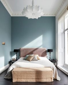 Discover the perfect bedroom paint colors and decorating ideas, inspiration and photos that fit your design style. Bedroom Colour Palette, Bedroom Paint Colors, Bedroom Wall Colour Ideas, Valspar Paint Colors, Home Bedroom, Bedroom Decor, Bedroom Furniture, Bedroom Headboards, Furniture Ideas