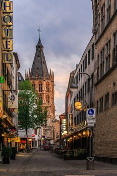 Somewhere in Cologne. Travel Images, Travel Pictures, Wonderful Places, Beautiful Places, Pictures Of Germany, Dusseldorf Germany, North Rhine Westphalia, Cologne Germany, Historical Architecture