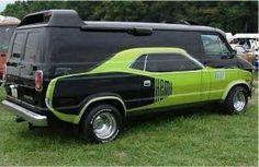 Hemi Cuda painted on a Dodge van. Station Wagon, Rat Rods, Vw T1 Camper, Campers, Dodge Van, Automobile, Vanz, Pt Cruiser, Smart Car