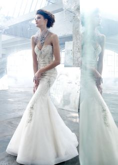 Amazing Mermaid Wedding Dress 2013 (=)