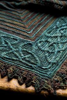 Ishneich shawl - Lucy Hague