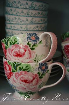 perfect for my morning coffee or afternoon tea with a friend♥