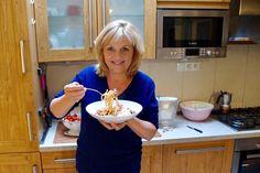 Video recept Špagety s tuniakom | Zuzana Machová Southern Prep, Prepping, Style, Swag, Outfits, Prep Life