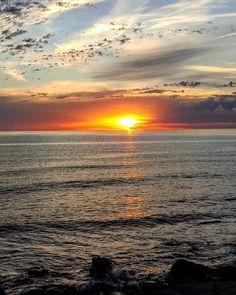 Bosa#tramonti_italiani#sardegnaalmare#unionesarda#loves_united_sardegna#sardegnadaimillevolti#sardegna_damare#volgosardegna#igw_skyline#bestsardegnapic#sardegnaofficial#world_bestsky#tramonti#sardiniaexp#sardiniamylove#sardegna_super_pics#ig_terrasarda#ig_perlas#theub_sardegna#sardegnareflex#sardegna_reporter#ig_global_life#likes_sardegna#volgooristano#lanuovasardegna#vivosardegna#sunset by mary__67
