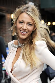 if shes not gorgeous i dont know who is