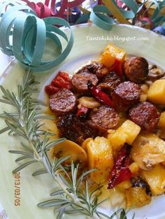 Cookbook Recipes, Sweets Recipes, Meat Recipes, Cooking Recipes, Recipies, Good Food, Yummy Food, Pork Dishes, Mediterranean Recipes
