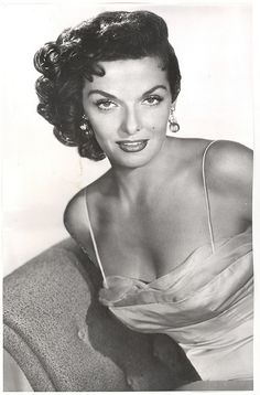 4be082ccd4bdc Jane Russell Old Hollywood Actresses
