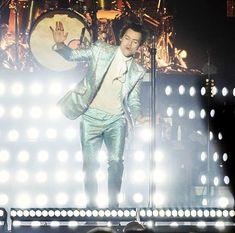 Harry on stage tonight Copenhagen, Denmark March 19, 2018