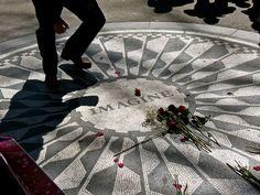 Central Park- John Lennon Memorial