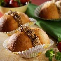 ROTI SINGKONG COKELAT http://www.sajiansedap.com/mobile/detail/17552/roti-singkong-cokelat