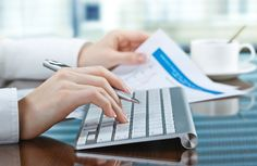 4 Reasons to Use a Bookkeeping Service for Your Small Business