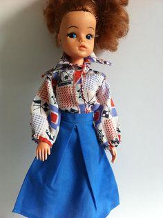 Vintage 1970's Sindy clothes blouse blue skirt blue