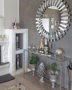 queencaylz // - Decoration World Fancy Living Rooms, Living Room Mirrors, Living Room Designs, Living Room Decor, Mirrored Furniture, Home Decor Furniture, Furniture Design, Hallway Decorating, Entryway Decor