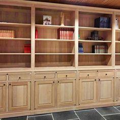 U wil graag een eiken boekenkast? Lees alles over de keuzes en voordelen in onze blog!
