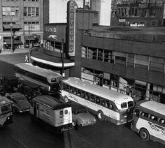Greyhound Bus Station, Northland, Minneapolis, This station closed down in the early Bus Terminal, Manhattan New York, Bus Travel, Bus Station, Busses, Bus Stop, Vintage Trucks, Illustrations And Posters, Vintage Pictures