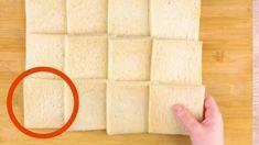 Take 12 Slices Of Bread & Roll Them Flat. No Bake Snacks, Snacks Für Party, Glace Cake, Pollo Alfredo, Nutella Rolls, Nutella French Toast, Bon Ap, Pizza Sandwich, Pizza Pockets