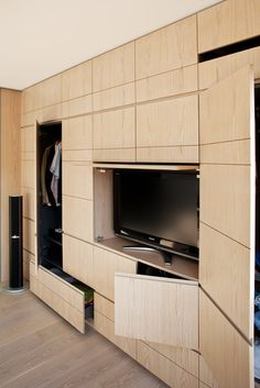 interior-id project 00095 bespoke joinery, london uk Wardrobe Tv, Tv Feature Wall, Bedroom Cabinets, Cupboard Design, Living Room Tv, Closet Bedroom, Home Decor Furniture, Small Apartments, Built Ins