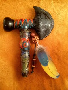 Tomahawk Fire and Ice Peace Pipe Hand Blown Glass Pipe by BoGlass Weed Pipes, Pipes And Bongs, Hand Blown Glass Pipes, Parrot Feather, Peace Pipe, Weed Art, Glass Bongs, Fire And Ice, Utensils