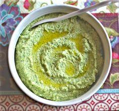 Snack Recipe: Raw (Bean Free) Broccoli Hummus  #vegan #recipes #healthy #plantbased #glutenfree #whatveganseat #snack #rawfood